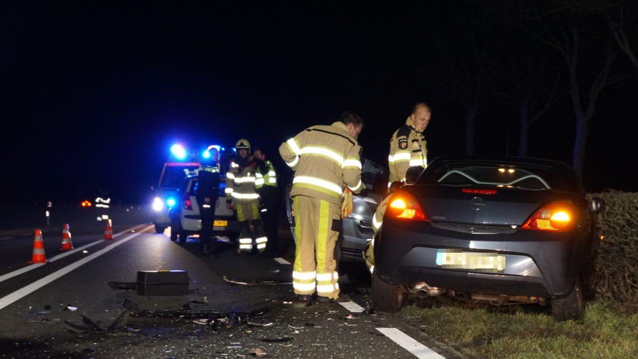 Ongeval op N331 bij Hasselt door kerende auto.