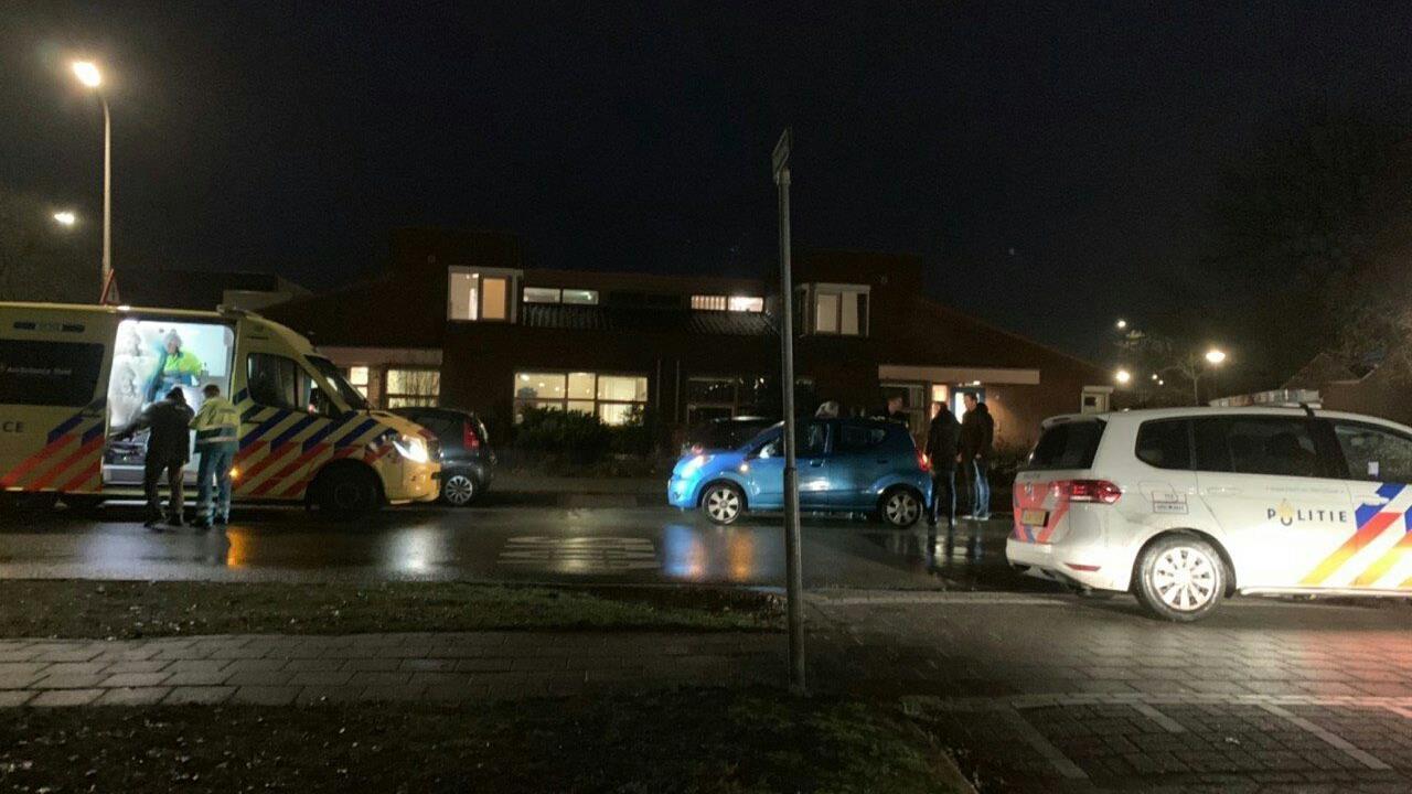 Fietser gewond na aanrijding op oversteekplaats in Almelo.