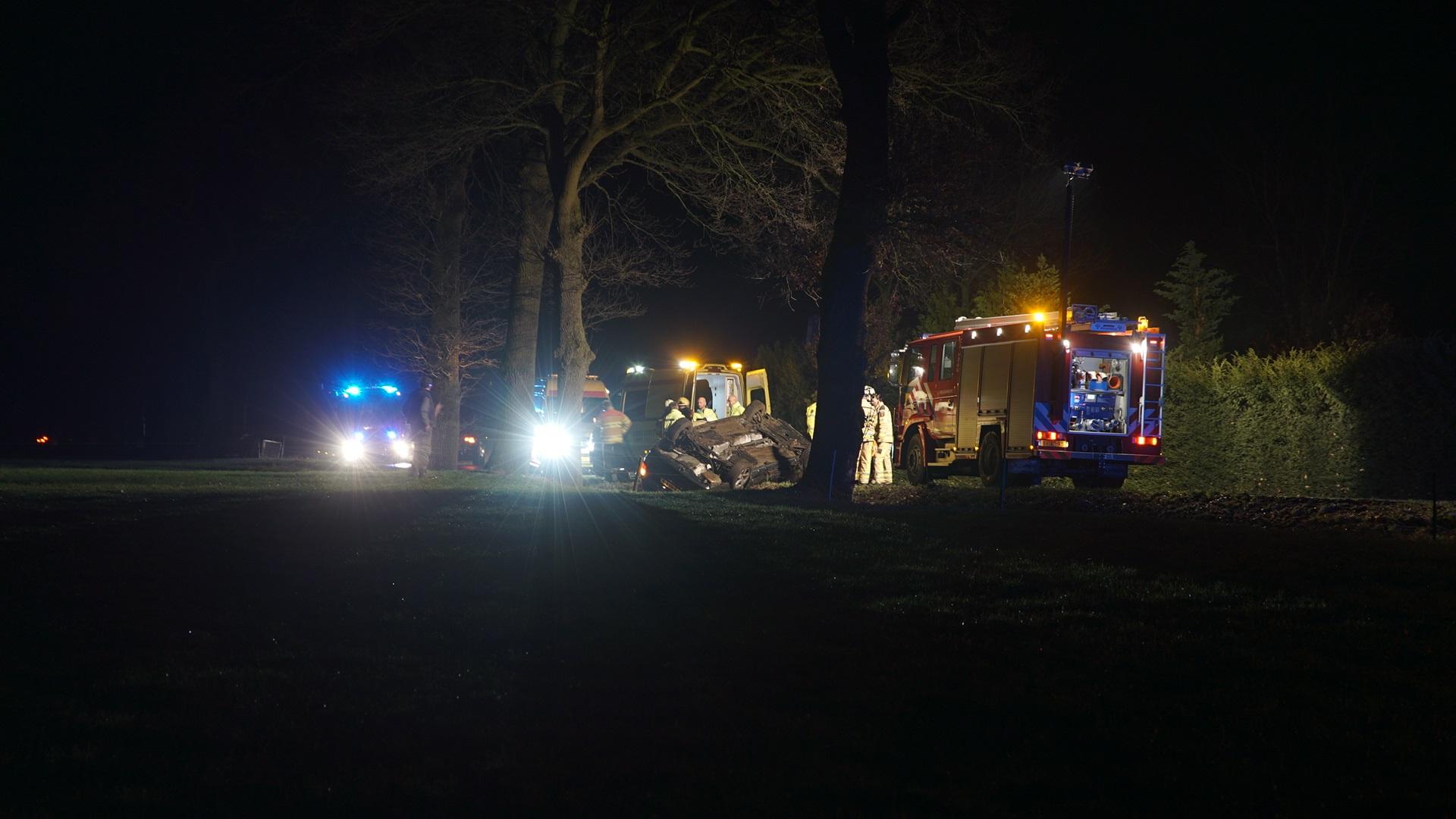 Dodelijk ongeval bij Nieuw-Heeten, automobilist uit Nijverdal overleden.