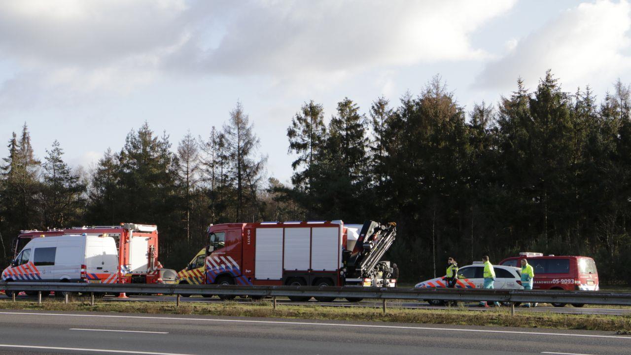 Dodelijk ongeval A1 bij Rijssen: verkeer tot 18.00 uur omgeleid.