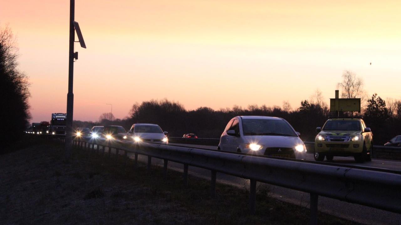 Flinke vertraging door ongeluk op A1 tussen Hengelo en Deventer.