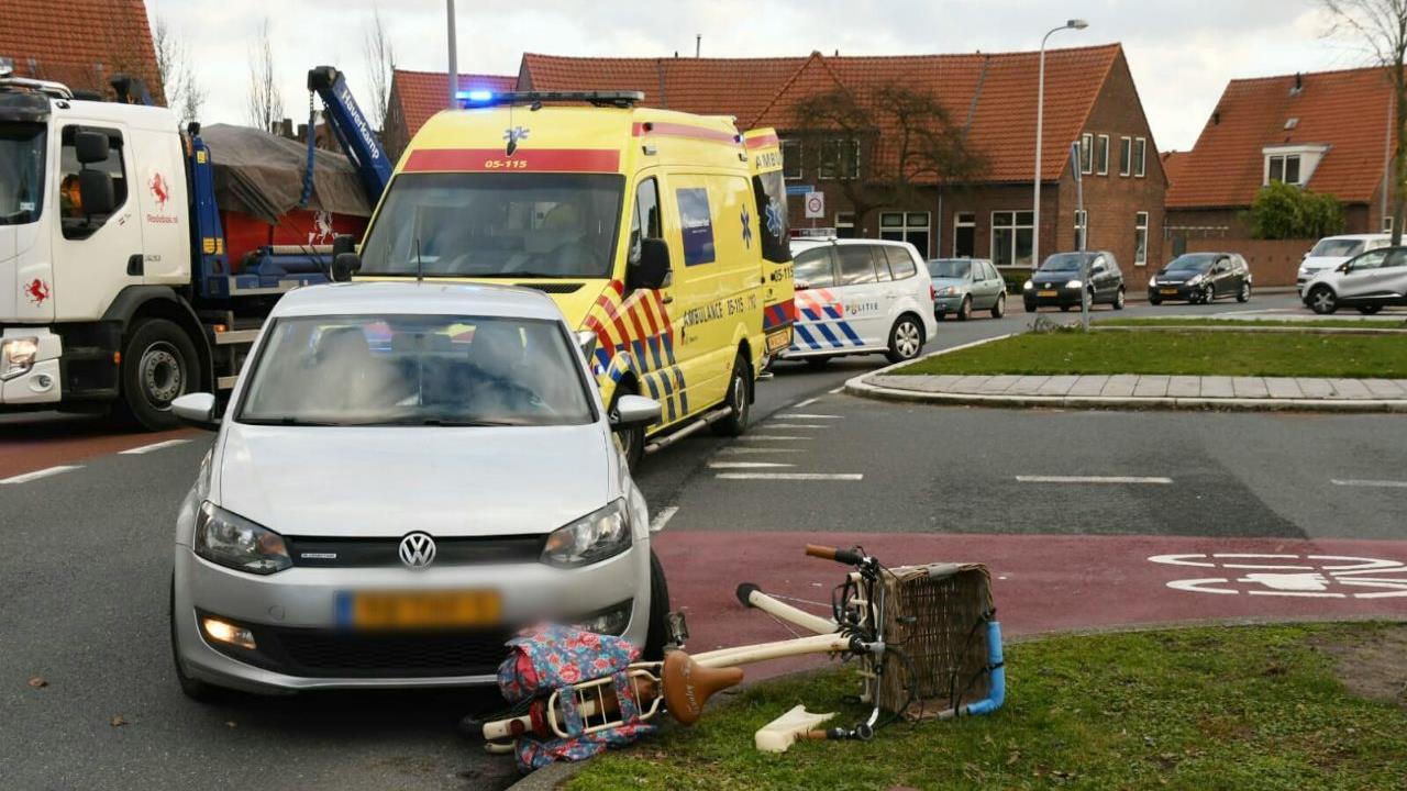 Fietsster gewond na aanrijding in Enschede.