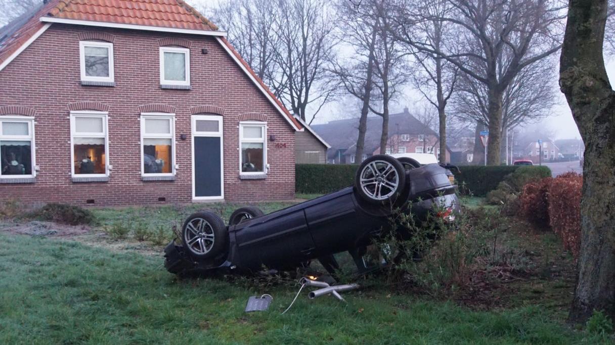 Gewonde bij eenzijdig ongeluk Rouveen.