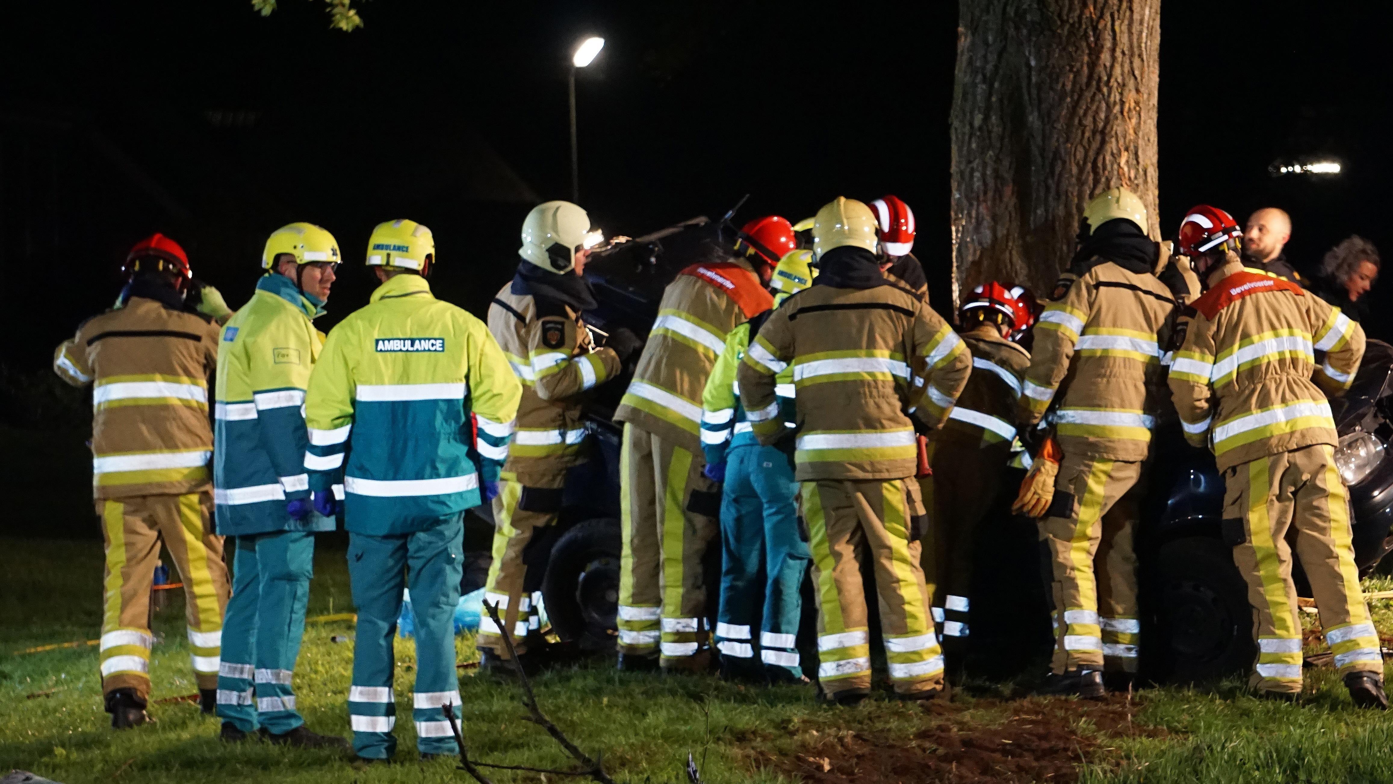 Automobilist om het leven gekomen bij ongeluk in Vinkenbuurt.