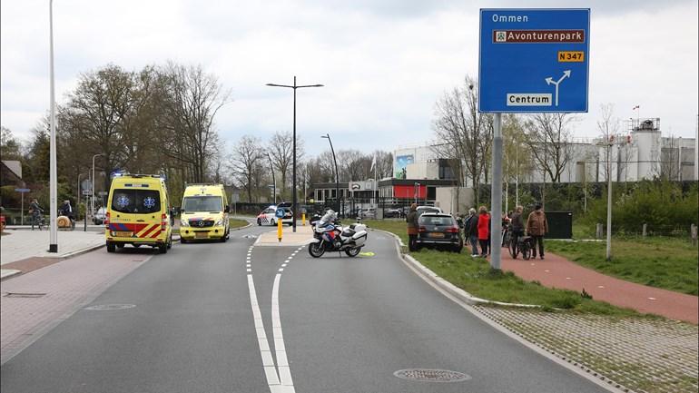 Hellendoorner overlijdt in ziekenhuis na verkeersongeval.