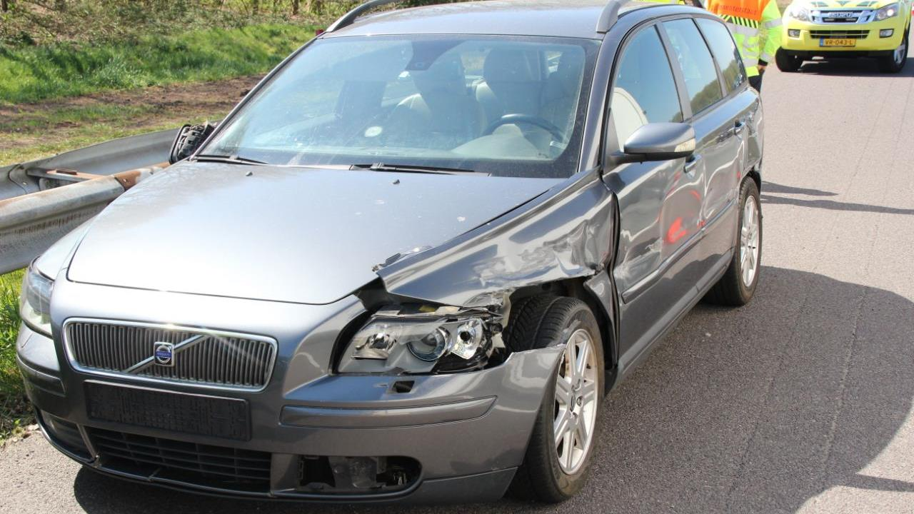 Ongeluk veroorzaakt file op A1 tussen Deventer en afrit Lochem.