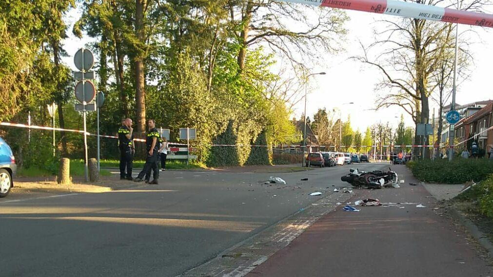 Motorrijder ernstig gewond bij ongeval in Enschede.