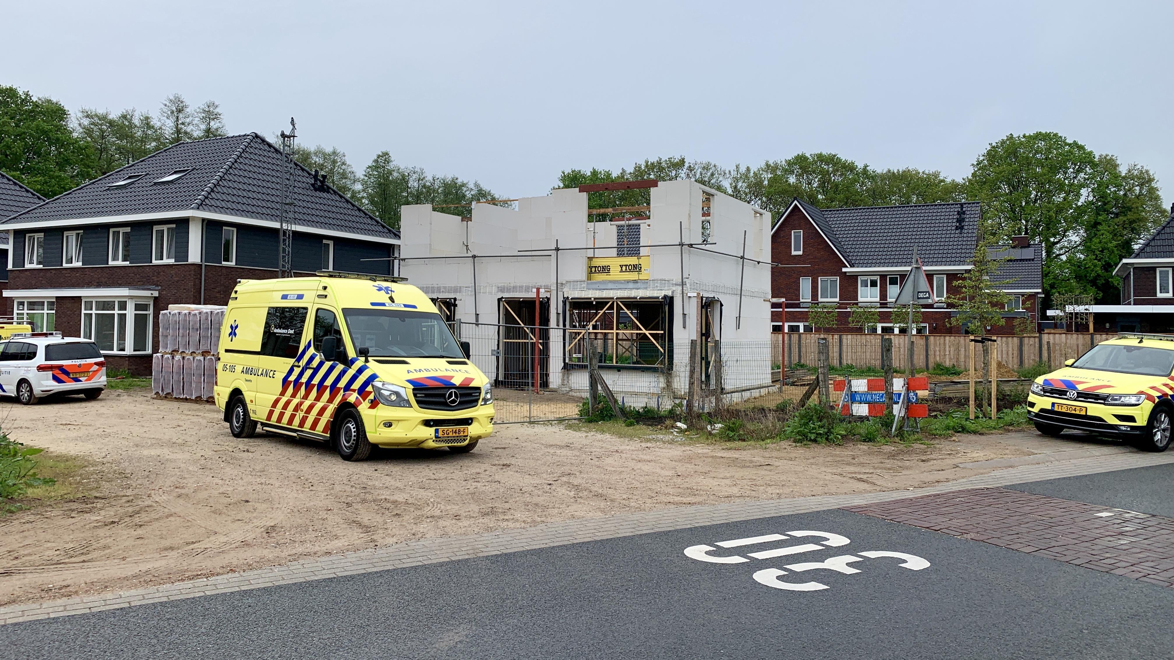 Twee gewonden bij ongeval op bouwplaats in Oldenzaal.