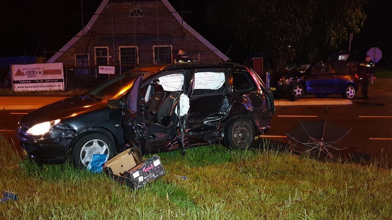 Automobilist gewond bij aanrijding in Lonneker.
