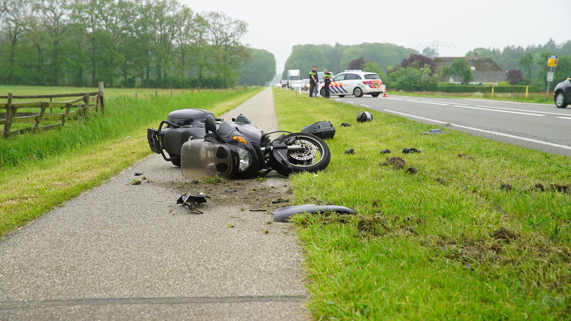 Ongeluk in file op N344 tussen Holten en Deventer.