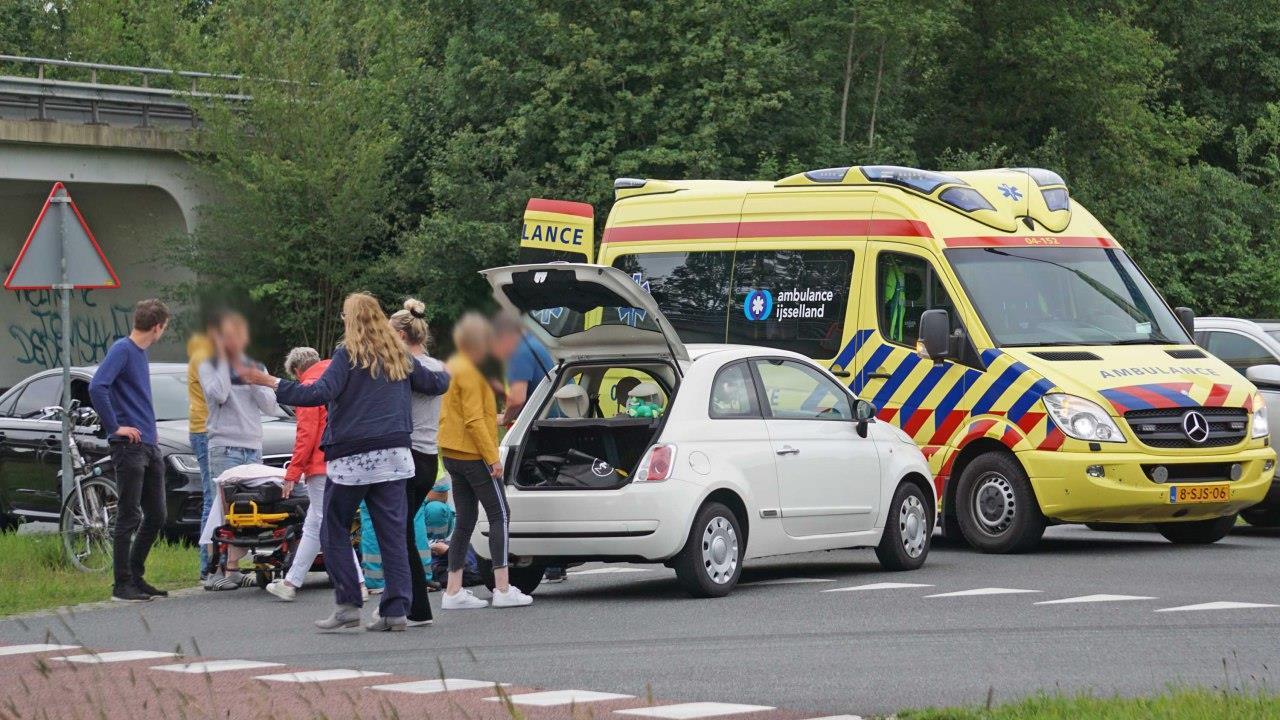 Fietser gewond geraakt bij aanrijding in Dedemsvaart.
