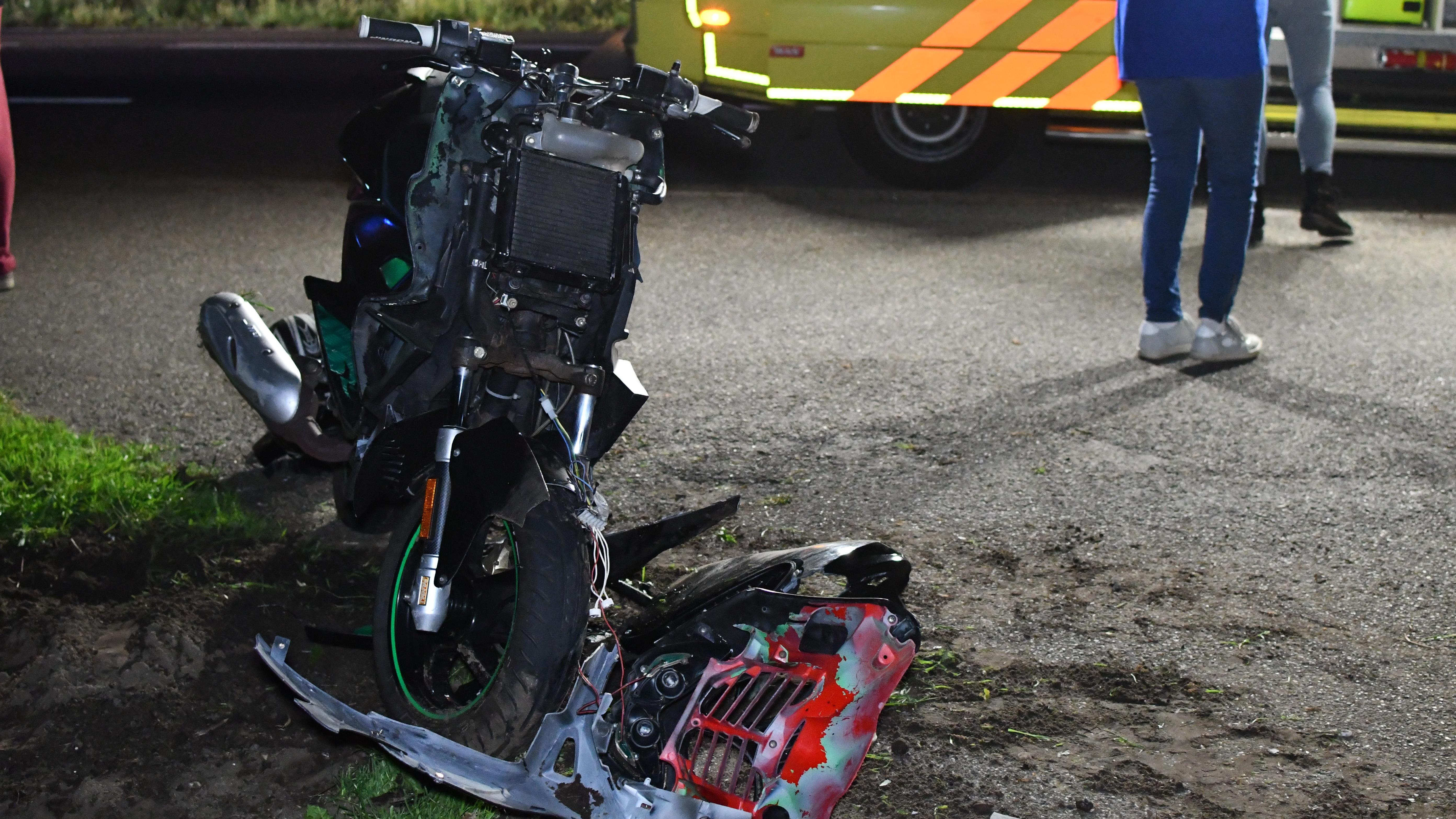 Scooterrijder gewond bij aanrijding in Vroomshoop.
