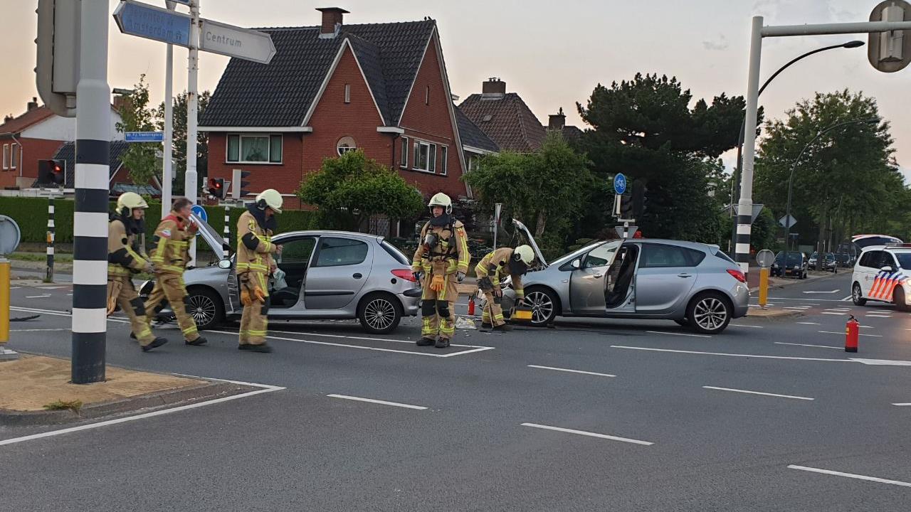Gewonden bij aanrijding in Hengelo.