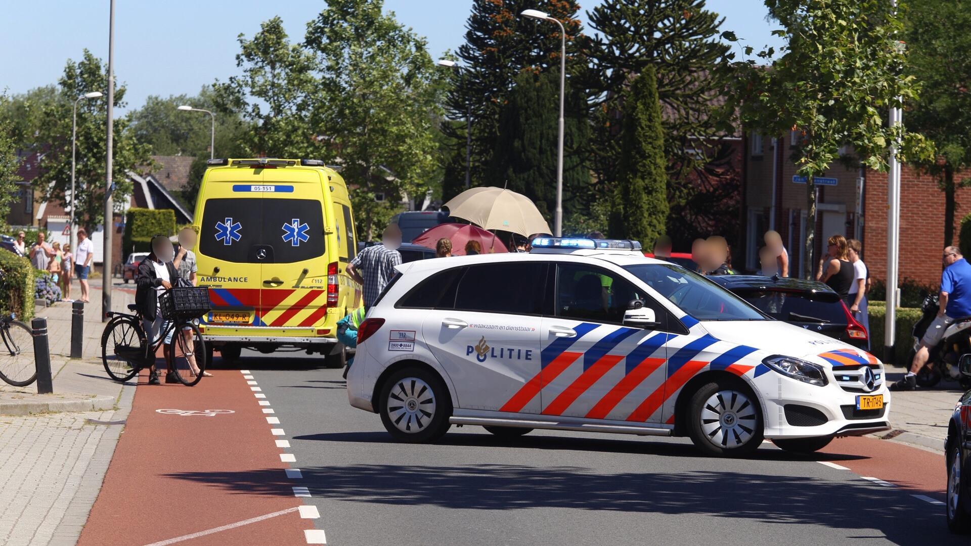 Scooterrijder gewond na aanrijding met auto in Rijssen.