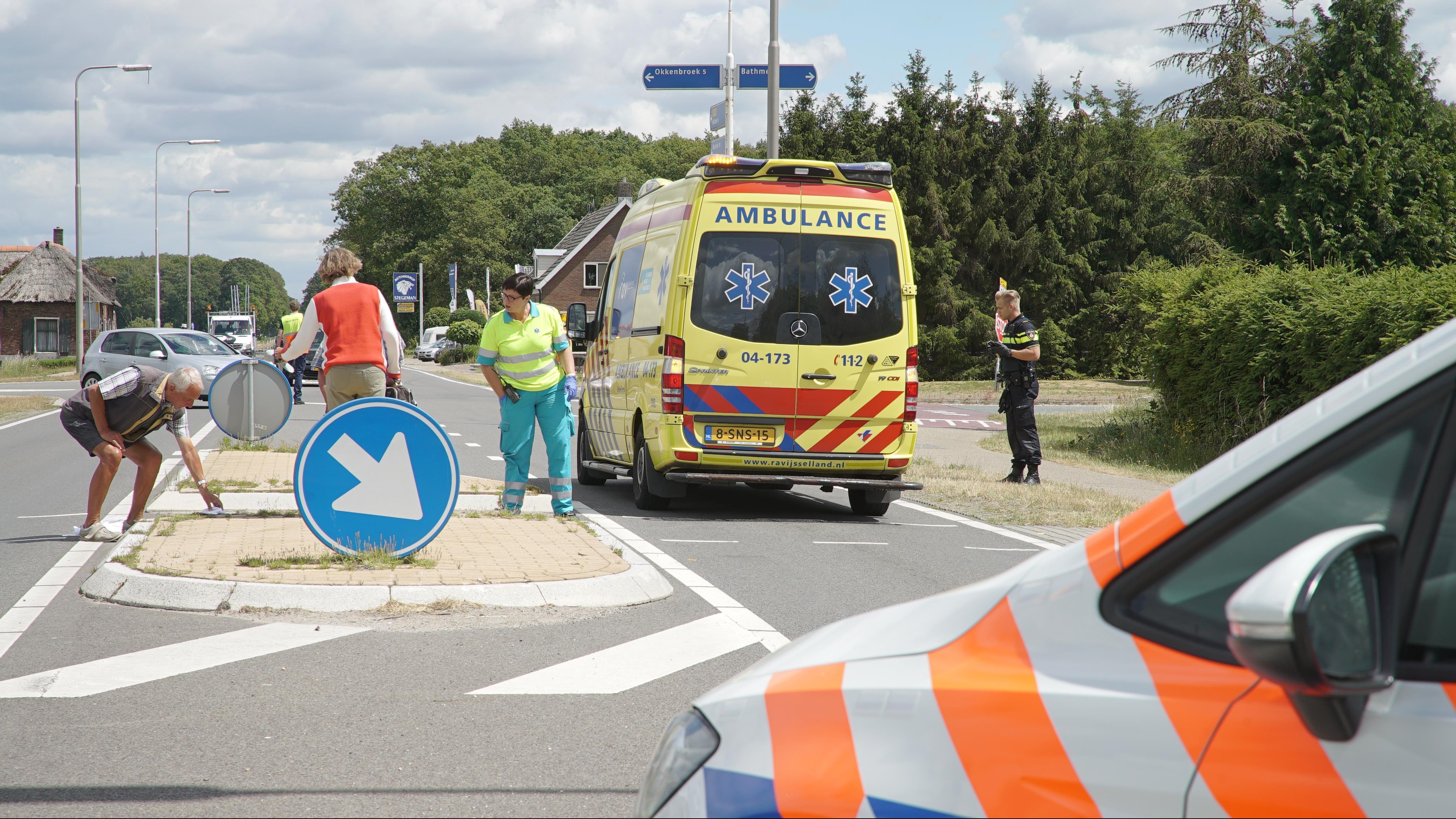 Vrouw ernstig gewond bij ongeluk op N344 bij Bathmen.