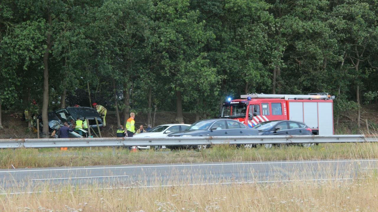 Een persoon naar ziekenhuis na ongeluk op A1 bij Bathmen.