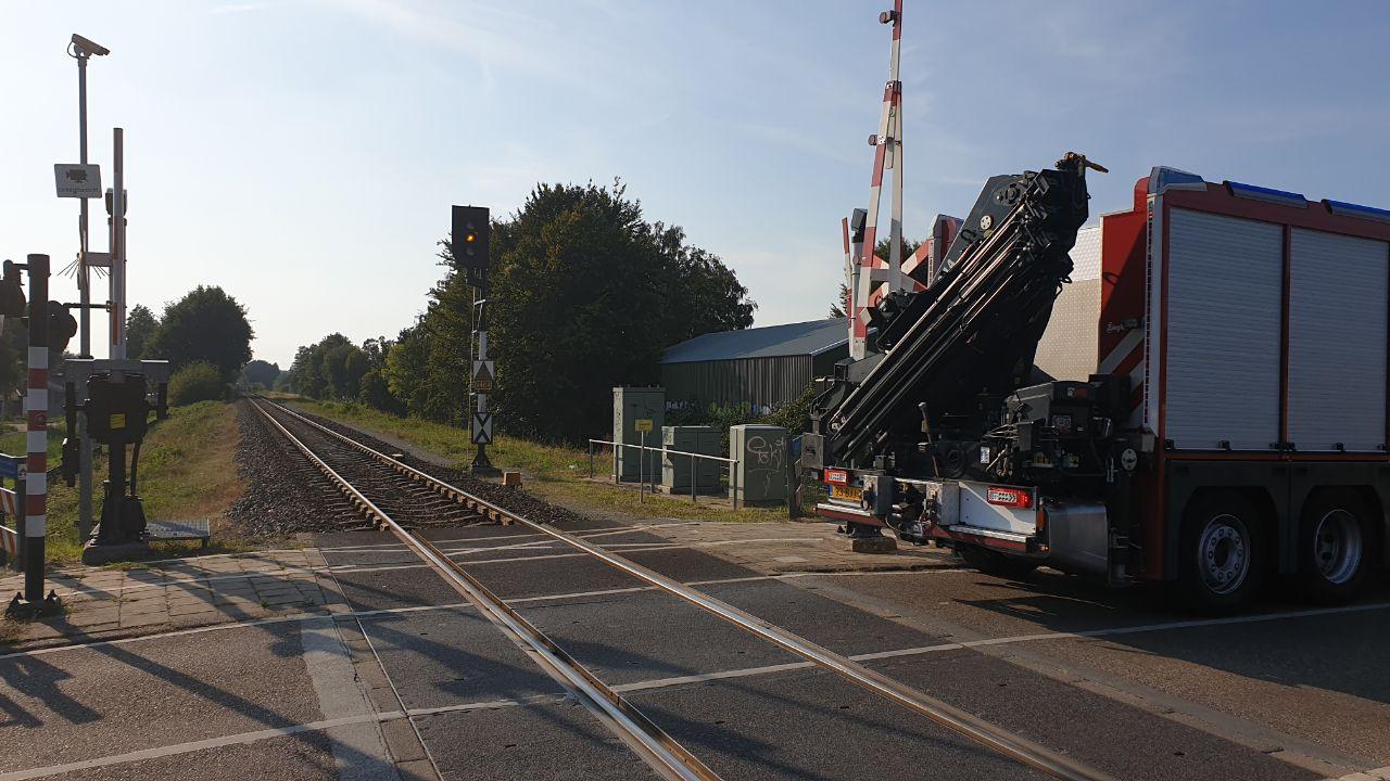 Trein van Enschede naar Gronau staat stil na aanrijding met een persoon.