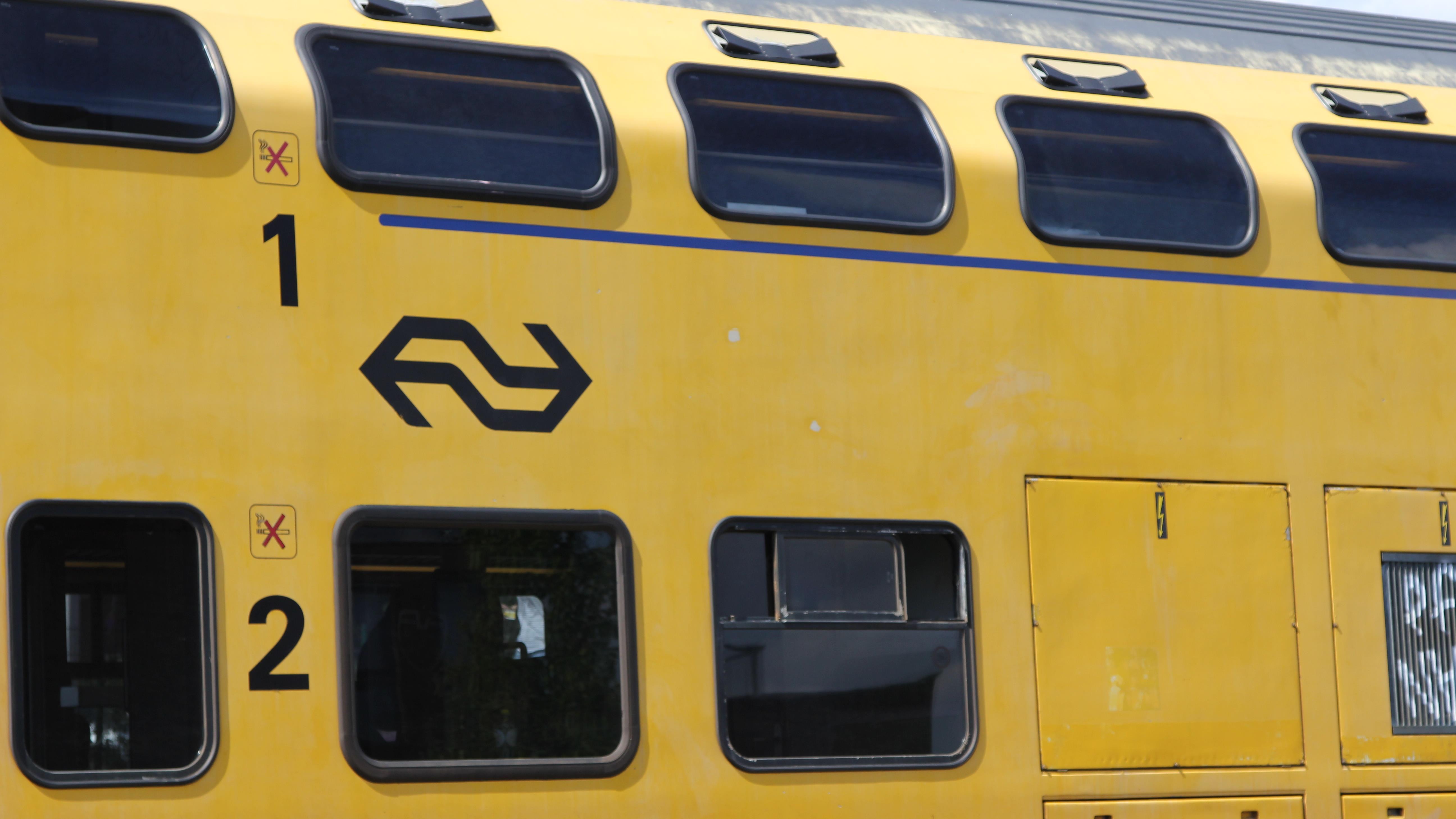 Treinen tussen Zwolle en Olst rijden weer na aanrijding.