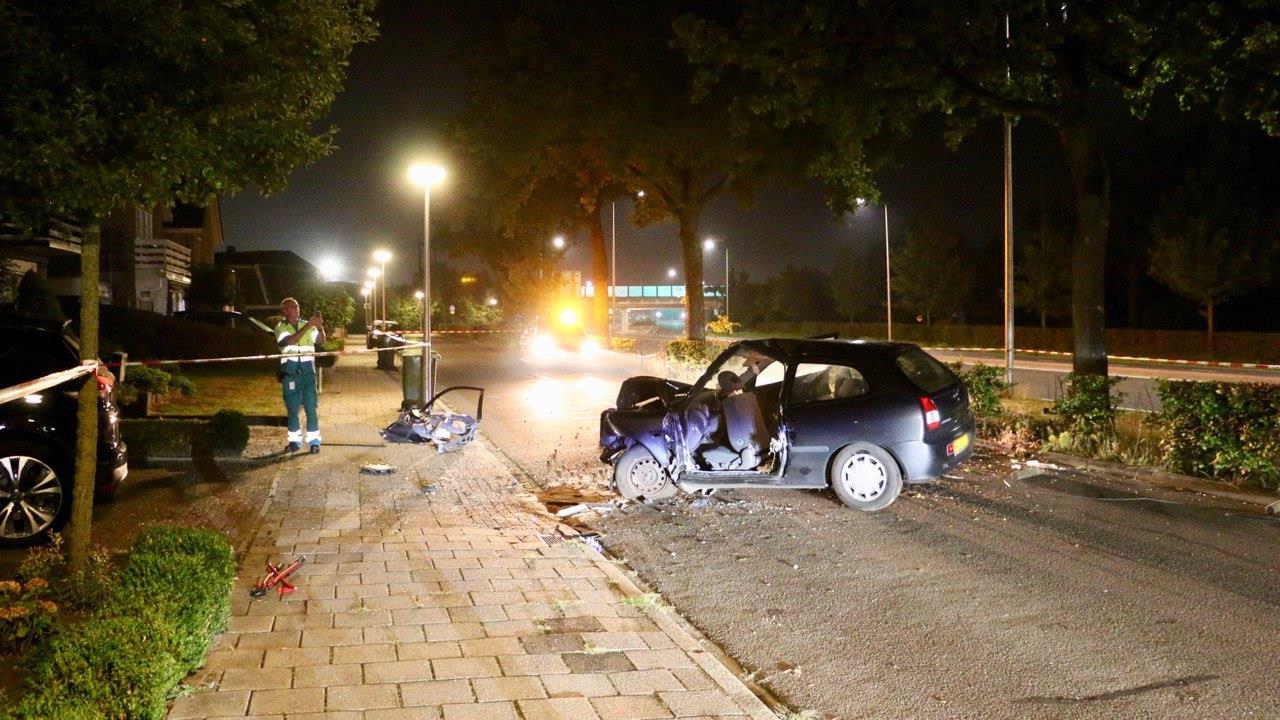 Drie gewonden bij ernstig ongeval in Oldenzaal.