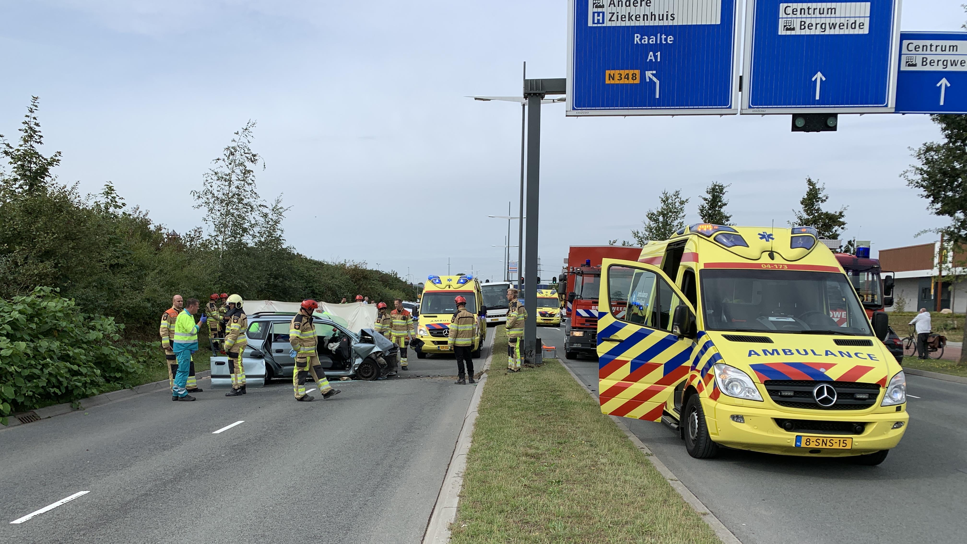 Twee zwaargewonden bij ernstig ongeval in Deventer.
