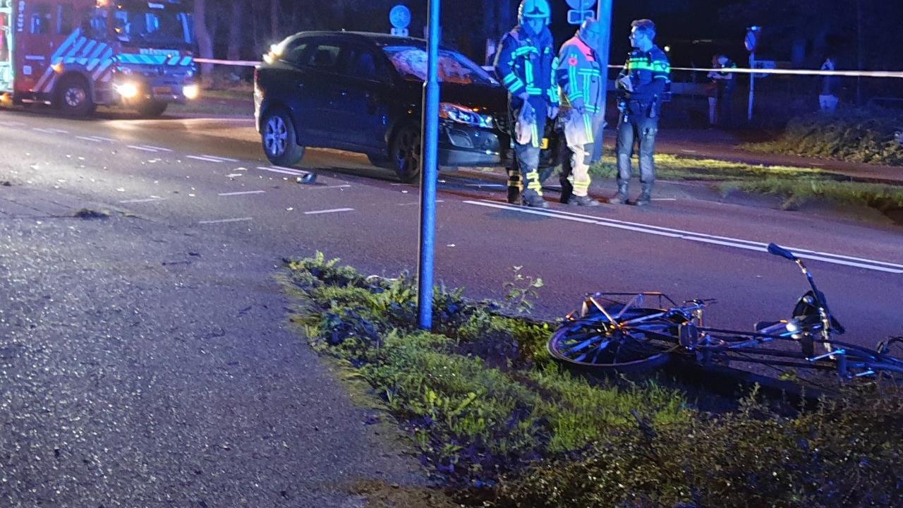 Twee fietsers gewond na aanrijding in Borne.