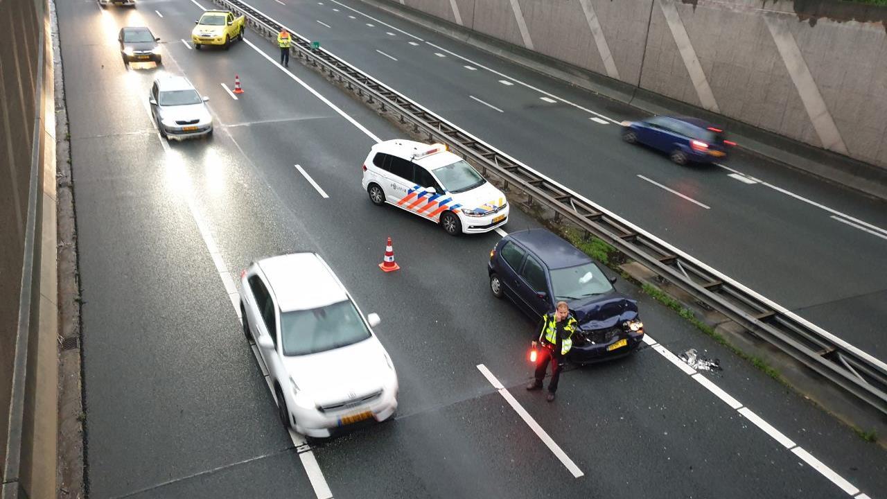 File bij Borne na ongeluk met meerdere autos.