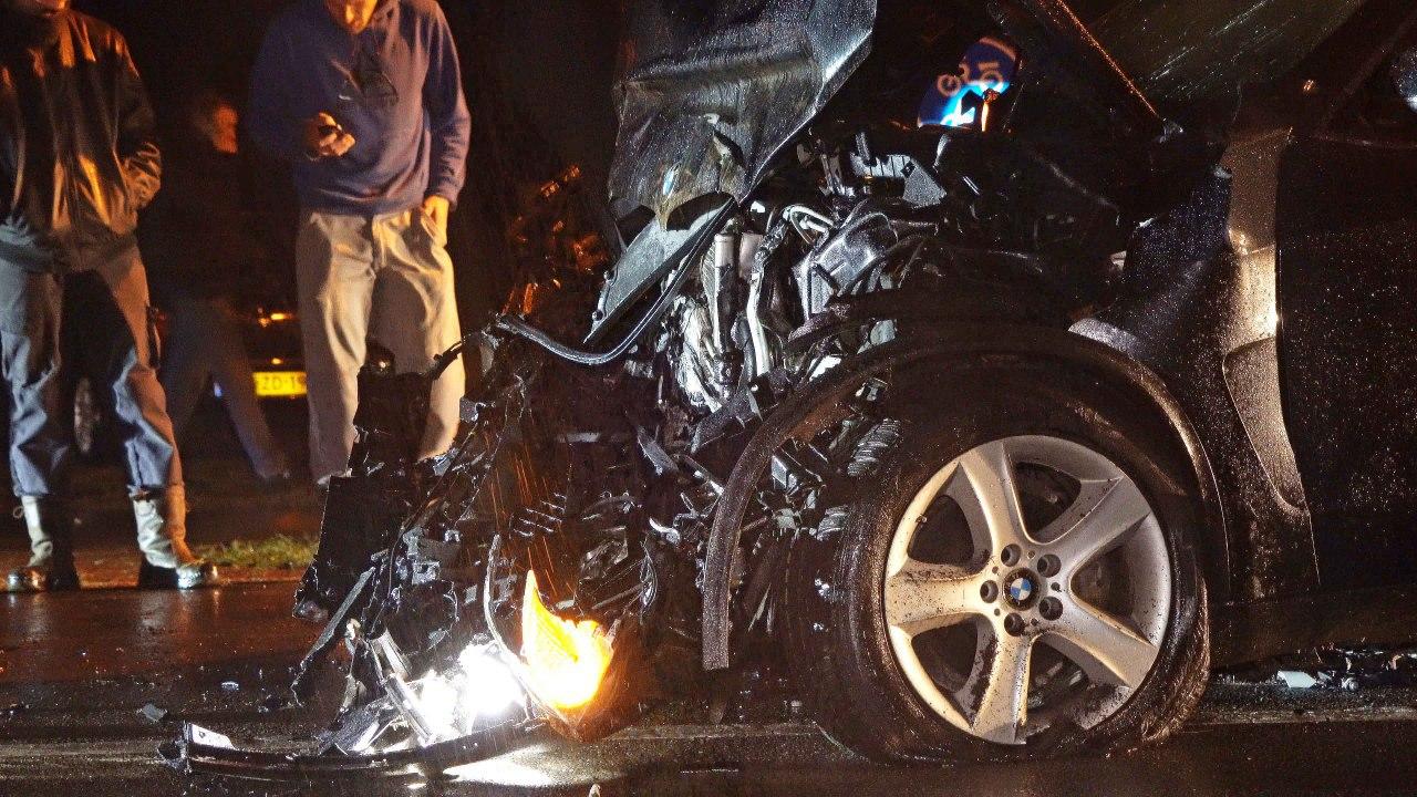 Gewonden bij botsing tussen twee auto's.