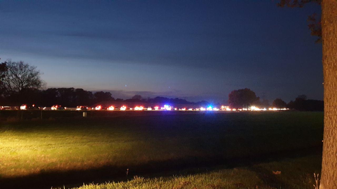 Forse file op A35 door kettingbotsing bij Hengelo-Zuid, ruim een uur vertraging.