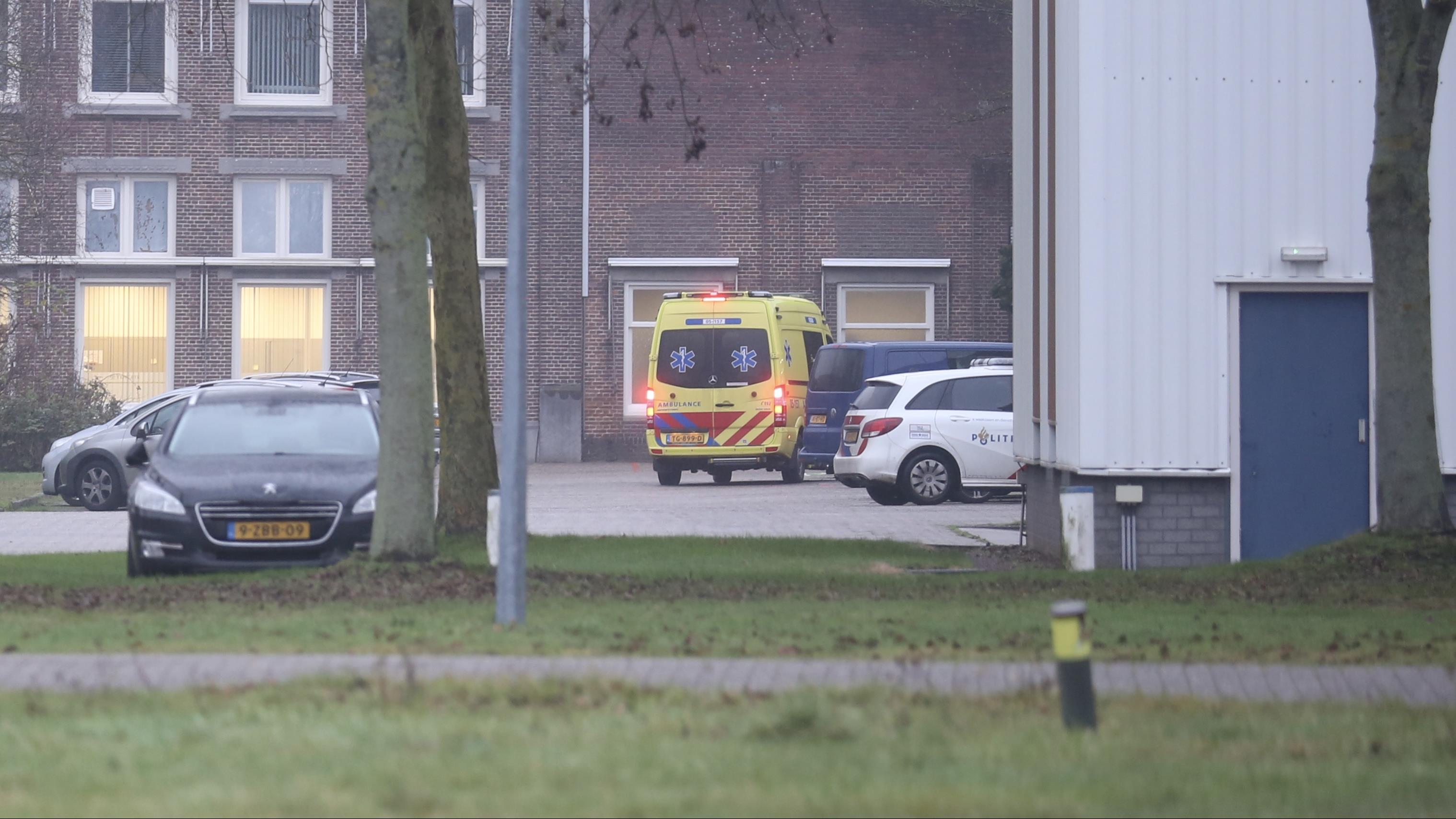 Vrouw gewond door ongeluk op bedrijventerrein in Nijverdal.