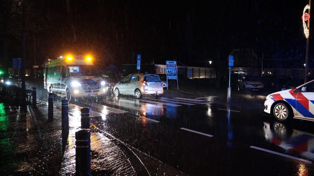 Voetganger ernstig gewond bij ongeluk in Ommen.