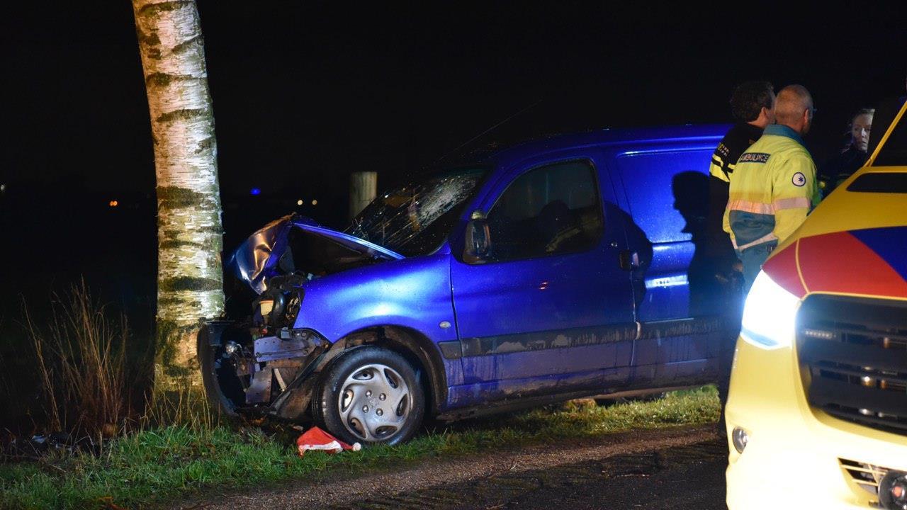 Automobilist overleden bij ongeluk in Geesteren.
