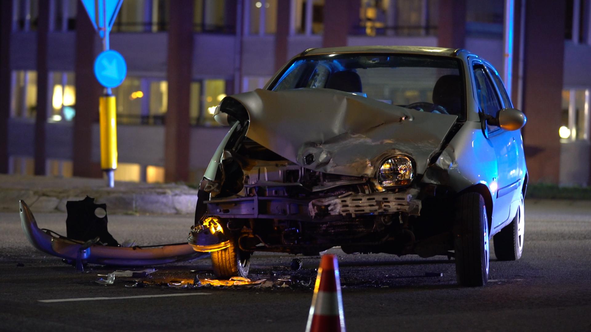 Gewonde bij ongeluk op N337 bij Olst, weg tijdelijk afgesloten geweest.