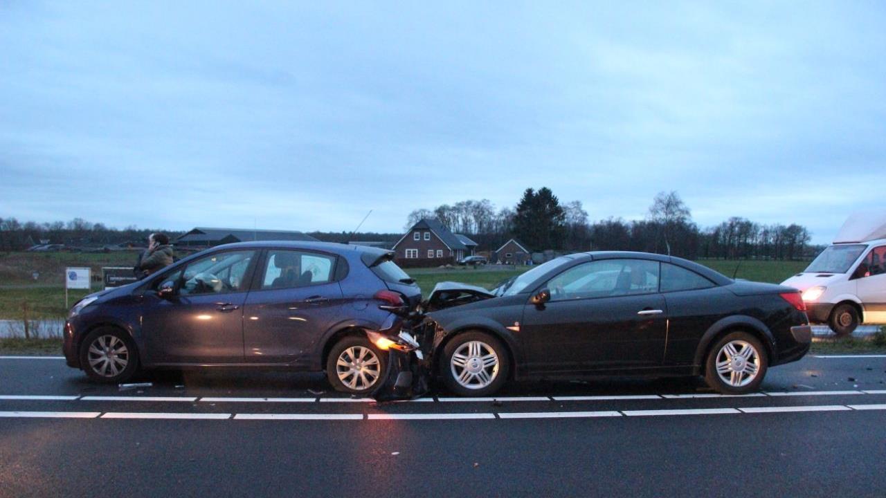N35 weer vrij na ongeluk bij Haarle.