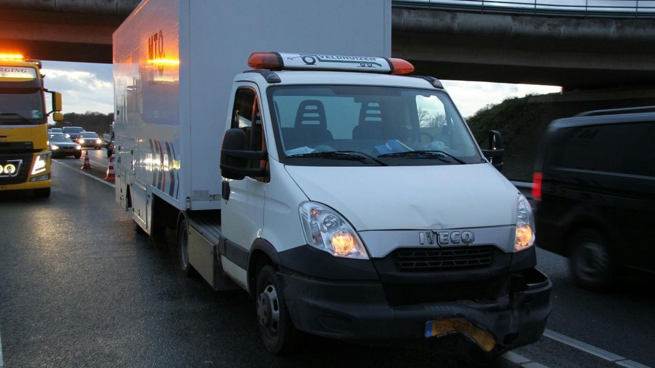 Ongeval op N36 bij Wierden veroorzaakt flinke file, ook op A35.