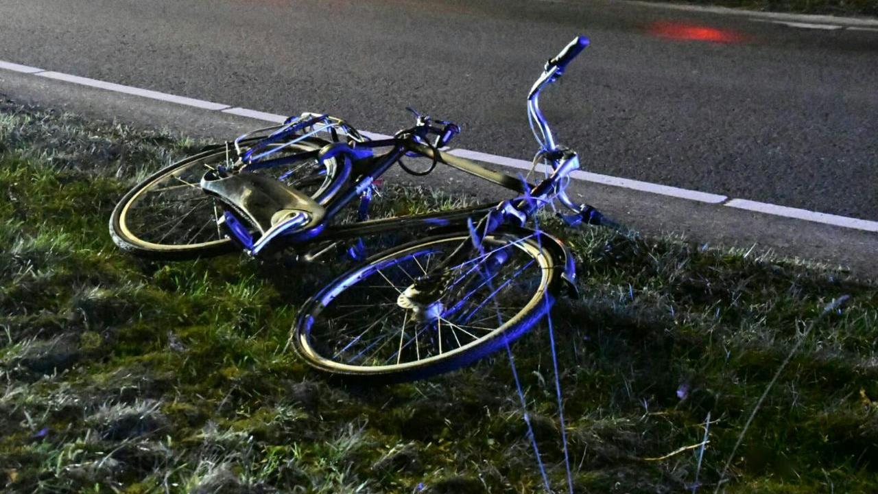 Fietser gewond bij ernstig ongeval in Enschede.