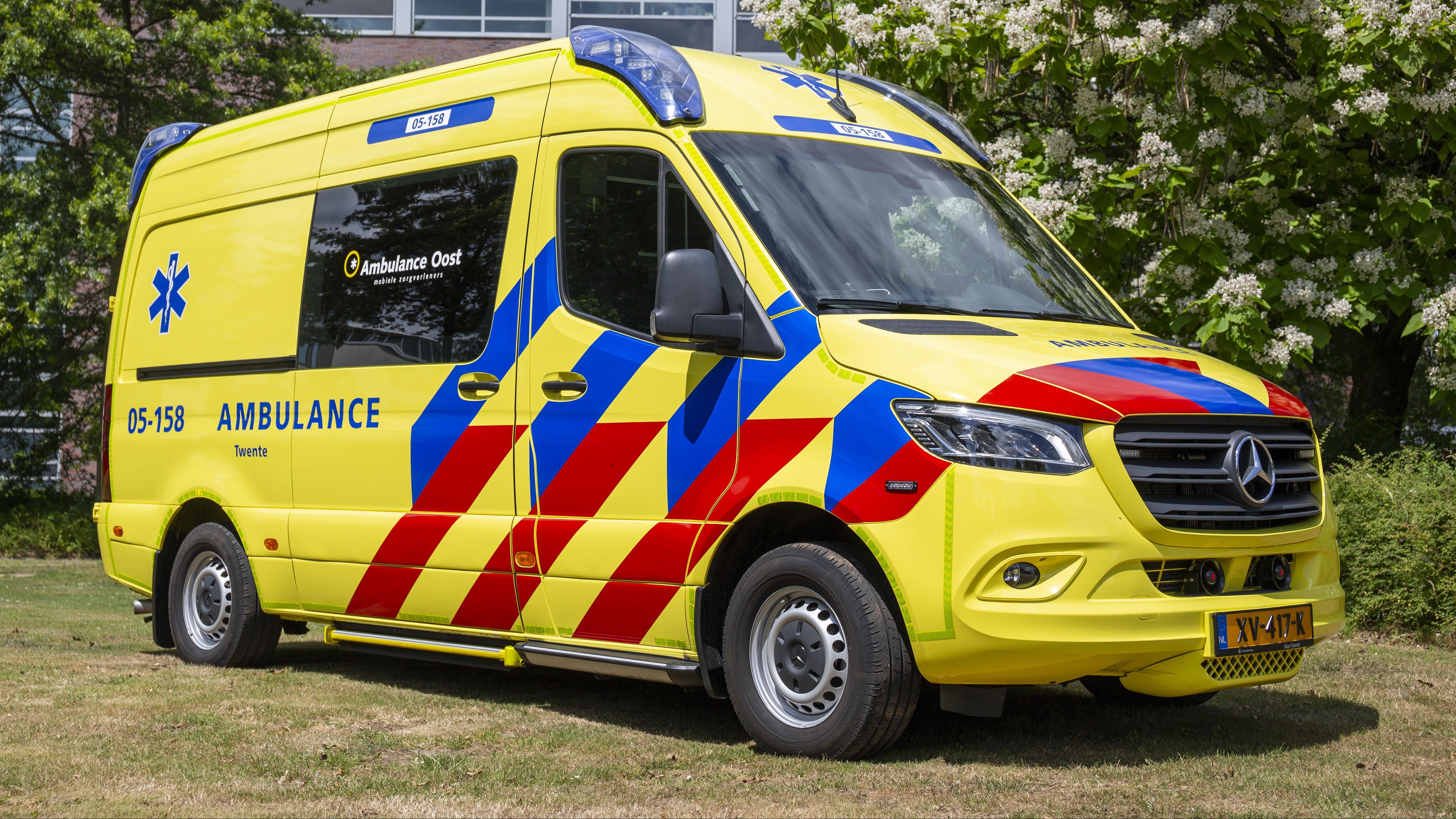 Ambulancediensten in Overijssel: geen zorgen over aanrijtijden door lagere maximumsnelheid