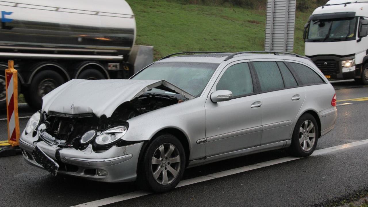 File op A1 van Rijssen richting Bathmen door ongeval