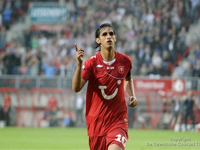FC Twente wint eerste thuisduel van AZ