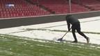Supporters GAE helpen bij sneeuwruimen
