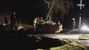 Auto rijdt tegen boom in Bruinehaar