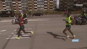 De finish van de Enschede Marathon