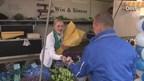 Speciale blauwe bloemen als steun aan PEC Zwolle