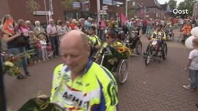Intocht rolstoelvierdaagse Delden
