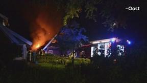 Schuur uitgebrand in Manderveen