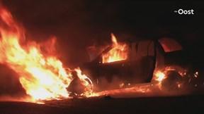 De autobrand in Olst vannacht