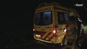 Auto belandt in sloot bij Dalfsen