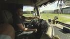 Levensreddende trucker Jonathan Hol wil verplichte reanimatiecursus voor vrachtwagenchauffeurs