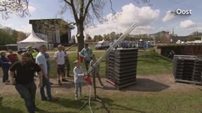 Glazenrobot Re-Pete zorgt voor veel minder plastic afval op Bevrijdingsfestival