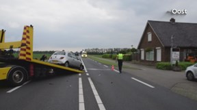 Twee gewonden bij ongeluk op Haaksbergerstraat