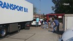 Vrachtwagen ramt auto